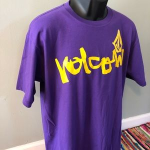 Volcom Shirts - NWT Volcom Stone Surf Shirt Hawaii Purple Large